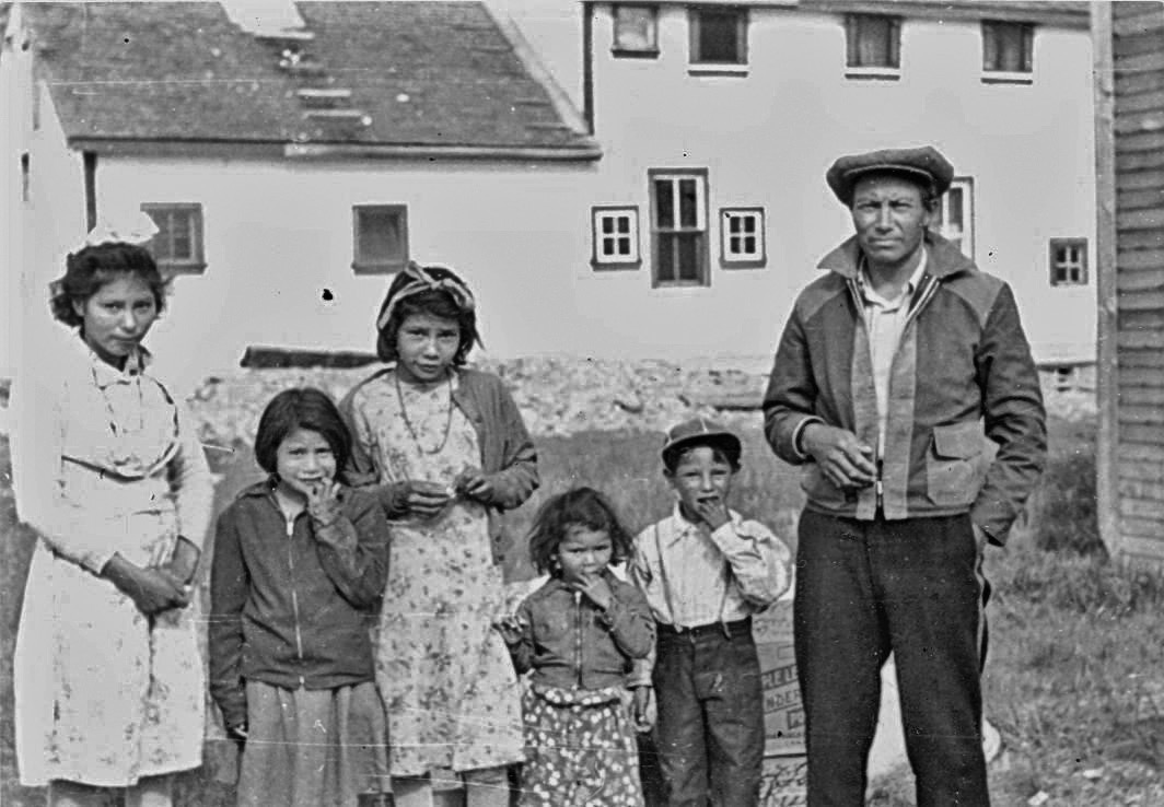 Aboriginal family at the Elkhorn, Manitoba, school. Indian Affairs took the position that once parents enrolled their children in a residential school, only the government could determine when they would be discharged. General Synod Archives, Anglican Church of Canada, P75-103-S8-56.